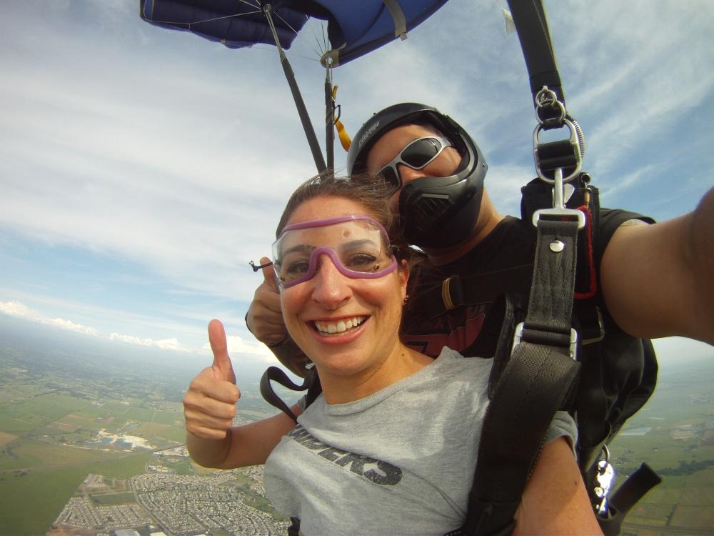 Skydiving Moxie (4/4)